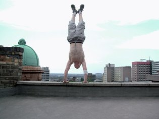 livewire___handstand_iii_by_zade_uk-d5qoook
